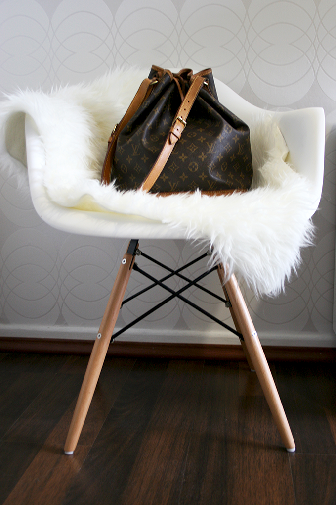 _Louis_Vuitton_Noe_Daw_chair