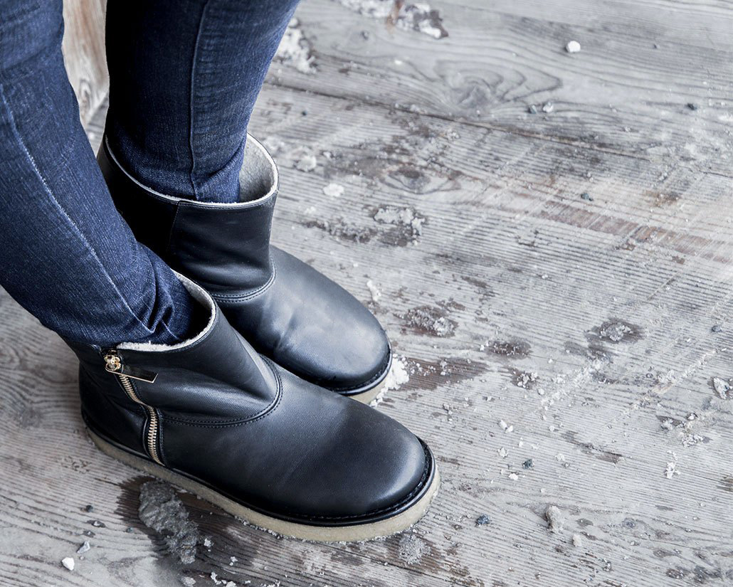 Stella McCartney Boots aud Minnja Fashionblog